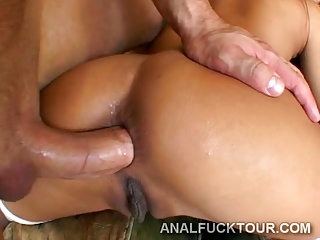 Teen girl haves anal fuck tour